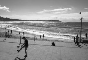 Beach footballer_MG_1900bw